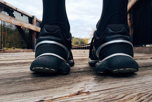 Best Shoes For Plantar Fasciitis (Top 5 Updated For 2020)
